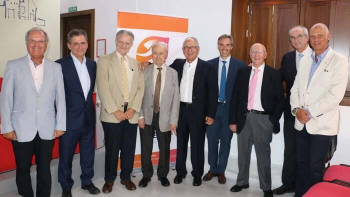 Homenajean al padre de la artroscopia en Andalucía