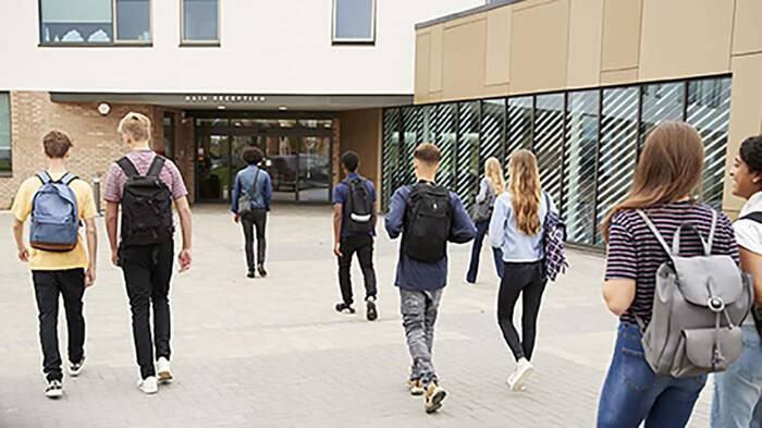 En marcha un protocolo para la prevención del suicidio en centros escolares.