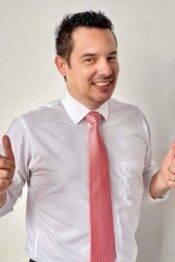 """Luis Enrique Zamora Angulo, """"doctor Humano"""""""